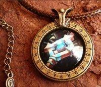 Медальон World of Warcraft  класс прист Priest  (Металл + стекло)