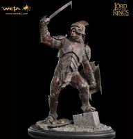 Статуэтка The Lord of the Rings - Uruk-hai swordsman Statue (Weta Collectibles)