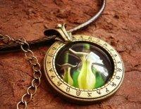 Медальон World of Warcraft  класс разбойник rogue  (Металл + стекло)