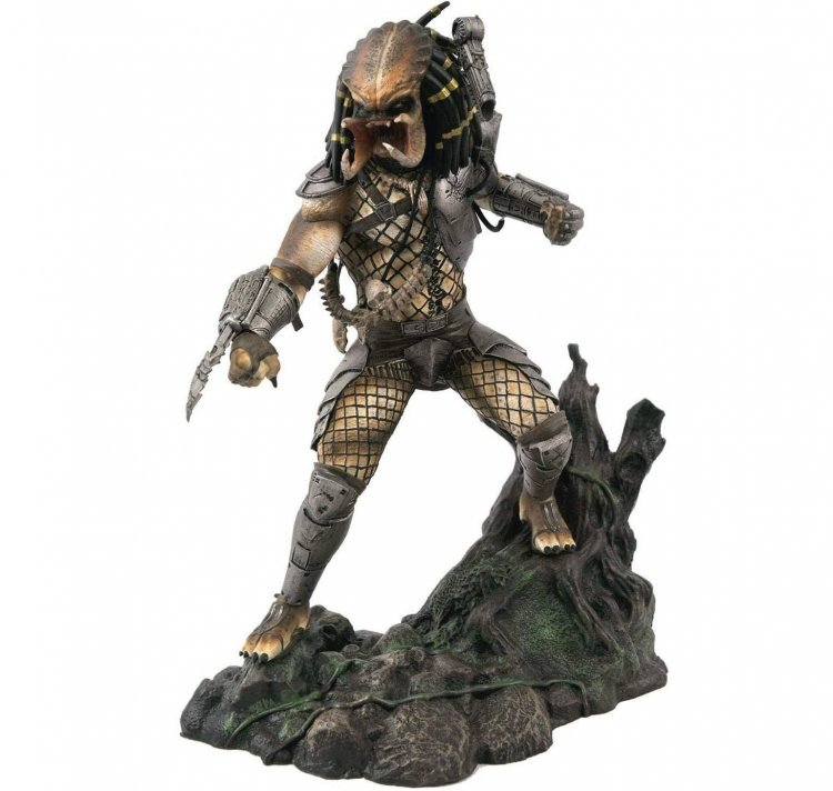Статуэтка Diamond Select Toys Predator Gallery: Unmasked Predator Figure (Хищник)