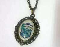 Брелок Harry Potter Slytherin 4х3 см.